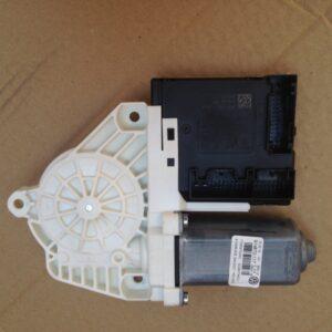 motoras-cu-modul-dreapta-fata-vw-passat-cc-e50982d8a44709c155-0-0-0-0-0