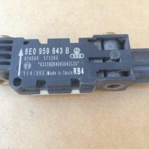 senzor-impact-stanga-spate-audi-a4-8e0959643b-8e0-912172103c5c837590-0-0-0-0-0