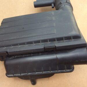 carcasa-filtru-aer-vw-sharan-04e129611h-04e-129-5c0585545de98ded49-0-0-0-0-0
