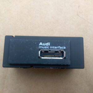 interfata-multimedia-audi-a3-8v-8v0035736-8v0-035-6c766531e0fa03e0a2-0-0-0-0-0