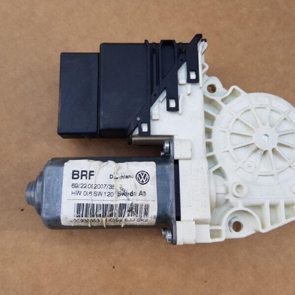 motoras-macara-geam-dreapta-spate-skoda-octavia-2-bb2def7237c108a93c-0-0-0-0-0